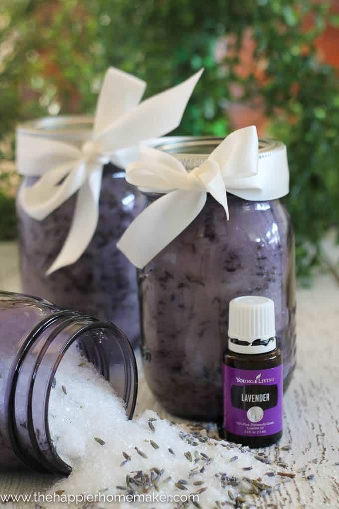 DIY Gift Idea: Homemade Lavender Bath Salts