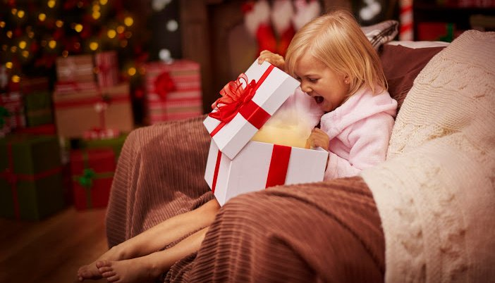 what to put in a christmas eve box for kids